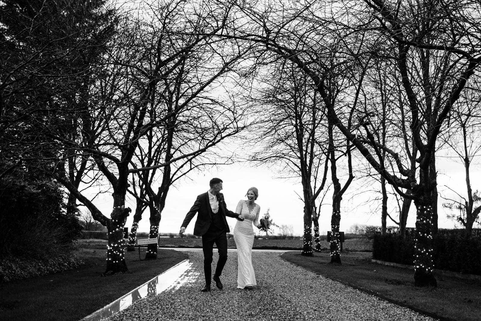 alternative-south-farm-wedding-32