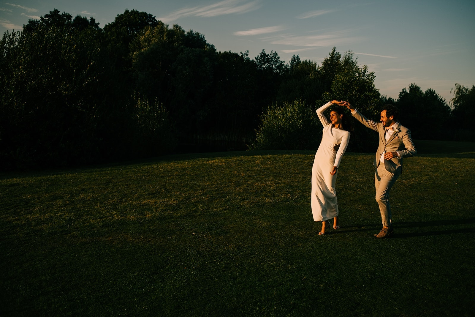 Natali & Alex dancing in the gorgeous sunset